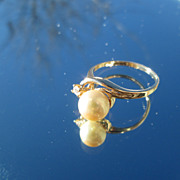 10kt Yellow Gold Single Culture Pearl/Diamond Vintage Ladies Ring