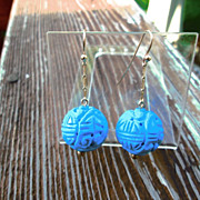9kt Yellow Gold Carved Round Turquoise Bead Dangle Earrings