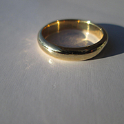 18kt Yellow Gold Vintage British Origin Unisex Wedding Band