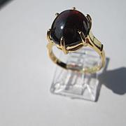 14kt Yellow Gold Pink/Red Cabochon Garnet Ladies Ring