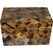 Decorative Inlaid Tortoise Treasure Box / Casket
