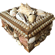 Vintage Seashell Shell Art Jewelry Box w. Music Movement
