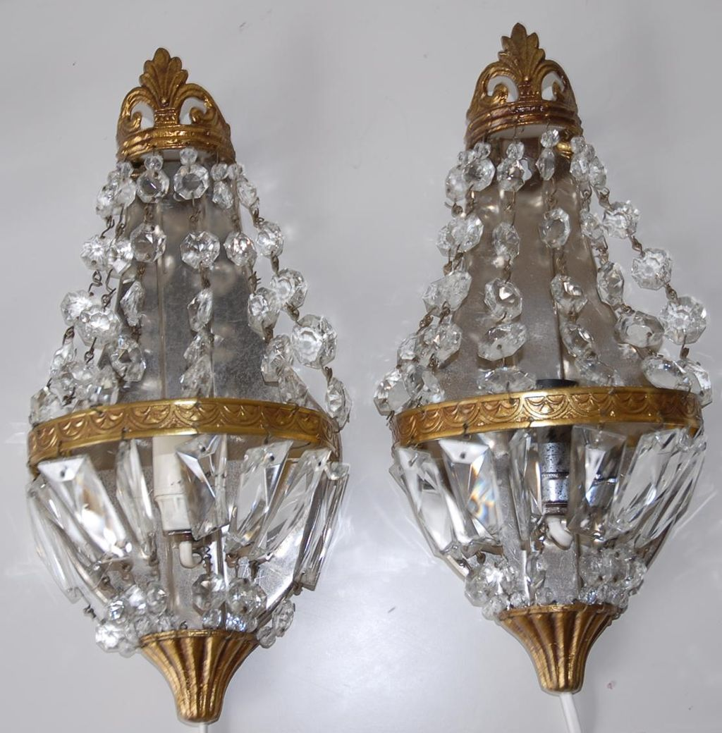 Pair French Vintage Bronze Amp Crystal 1 Light Wall Sconces