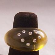SPARKLING Vintage LUCITE Ring with Rhinestones Translucent Amber Lucite