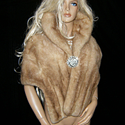 ADELL FURS~Gorgeous Vintage Honey Blonde Mink Fur Stole/Cape/Wrap/Coat
