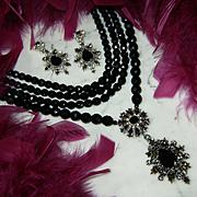 GRAZIANO~Amazing Vintage Black Crystal/Rhinestone Runway Statement Bib Necklace/Earrings