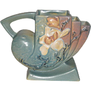 """Roseville, Magnolia, 182-5"""", Frog Planter"""