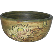 Weller, Flemish, Pottery Bowl