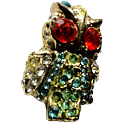 SALE VINTAGE ADORABLE rhinestone owl pin brooch in gold tone