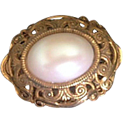 SALE VINTAGE Signed Miriam Haskell Faux Pearl Brooch/pin in Russian gold tone