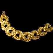 SALE VINTAGE  Large Link rich gold tone bracelet in stylized leaf design