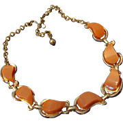 SALE VINTAGE Fabulous peach Moon glow Lucite/thermoset Necklace in gold tone