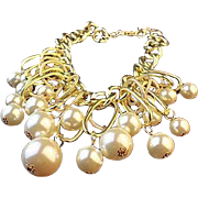 REDUCED VINTAGE Simulated huge Pearl BIB Necklace on Large link gold tone chain