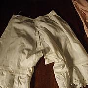 Pantaloons With Eyelet
