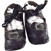 Black Oilcloth Shoes With Original Toe Decoration