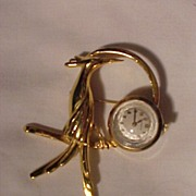 SALE Vintage Watch Pin With Deco Bird