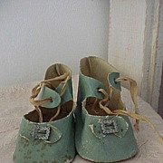 SALE Green Shoes Size 10