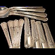 Vintage 1932 ART DECO Wm. Rogers GUILD aka CADENCE Silver Plate Flatware Dinner Service for ..