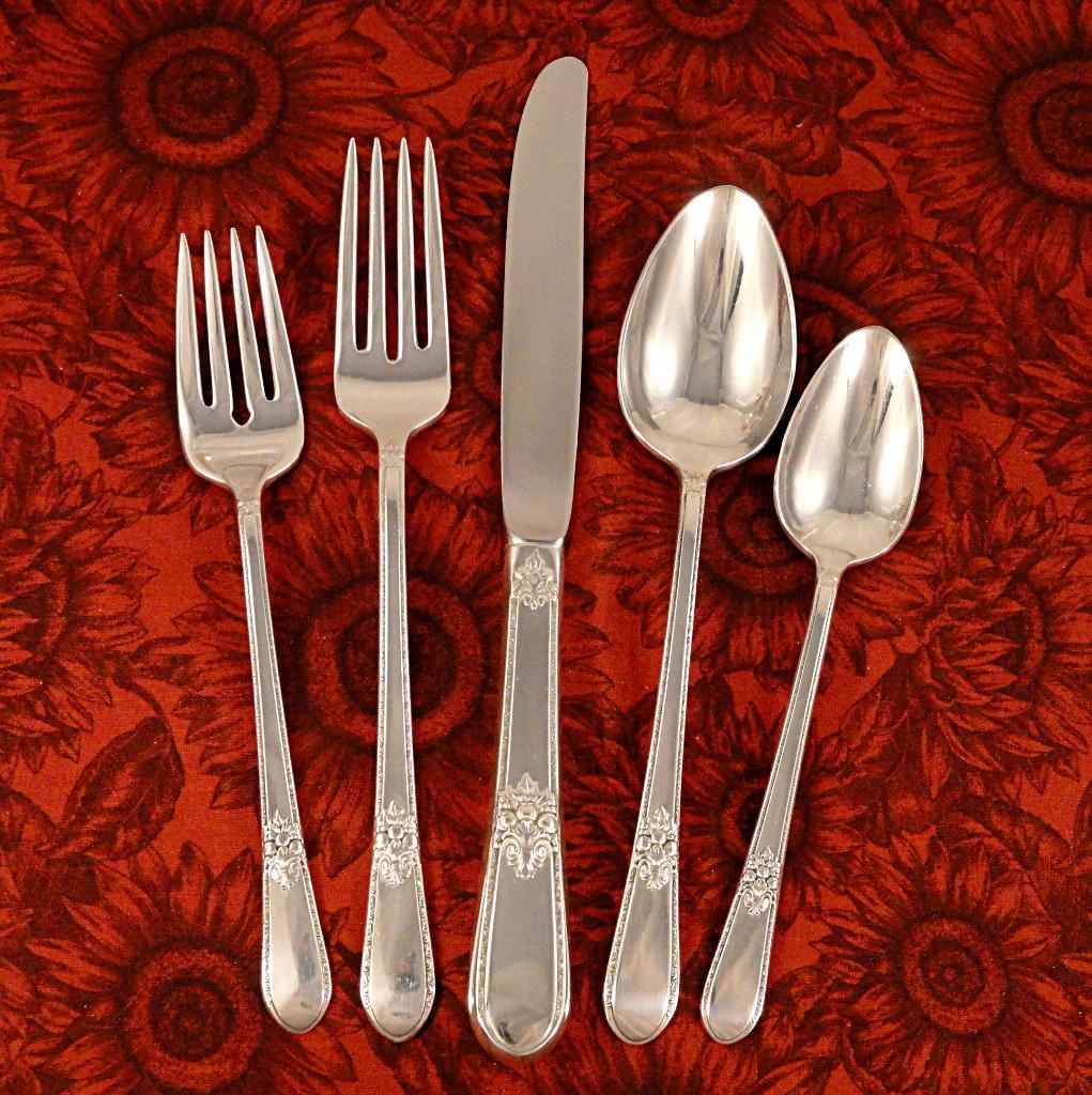 1847 Rogers Adoration Vintage 1939 Art Deco Silver Plate