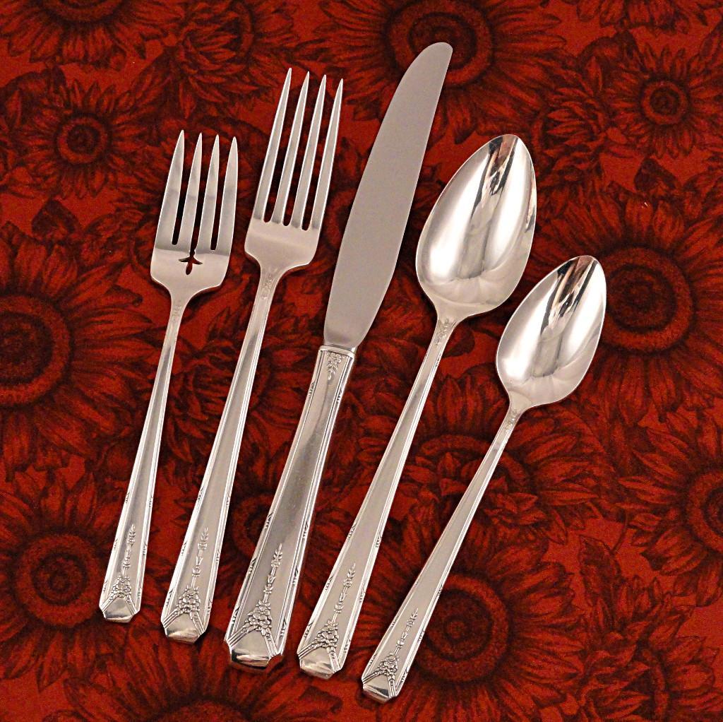 Oneida Community Milady Flatware Dinner Set 1940 Art Deco