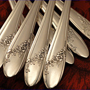 Oneida Tudor Plate QUEEN BESS II Vintage 1946 Silver Plate Flatware Silverware Set You Choose