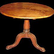 Antique American Maple Tilt Top Tea Table Circa 1790
