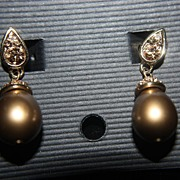 Vintage Signed Monet  Dangle Earrings Champagne Gold Pearl Faux Drops Rhinestones Clips