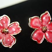 SALE Vintage Christmas Poinsettia Earrings Clips Lovely