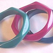 Vintage Plastic Bangle Bracelet Set