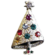 Vintage Rhinestone Christmas Tree Pin