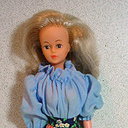 French Bella Tressy Doll from 1977, Lovely!
