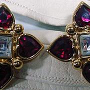 Vintage 1980's Elegant Monet Clip On Rhinestone Earrings!