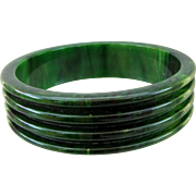 Vintage Ribbed Bakelite Bangle
