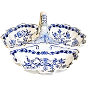 Zwiebelmuster Three Section Serving Bowl Blue Onion Pattern