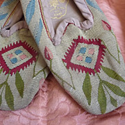 SOLD Delicious French ladies tapestry shoes 1860's Napoleon III period