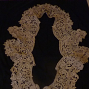 SOLD Antique French hand made ecru lace collar and cuff clothing embellishments