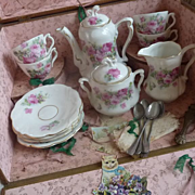 SOLD Adorable antique French child's china tea set in original box SERVICE DE THE