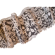 SOLD Delicious French hand embellished ecru shaped tulle lace flounce : floral foliage motifs