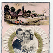 1940s-1950s FRENCH Wedding Bride and Groom 3-D Postcard