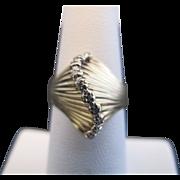 Unique 10k Gold and Diamond Vintage Wave Design Ring