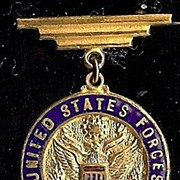 REDUCED Original two piece Pendant United States Forces in England Military Collectible nice!