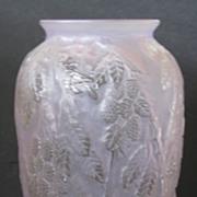 Consolidated Blackberry Umbrella vase in Lavender