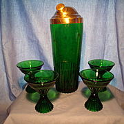Paden City Emerald Glo Cocktail Set
