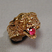 Victorian 14K Solid Gold LION CAT Ring w/ Garnet
