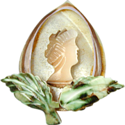 Old c1930s Mother of Pearl Carved Shell Cameo Pin