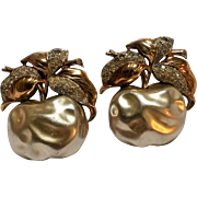 Trifari simulated pearl belly Apple rhinestone fur clips 1938-42