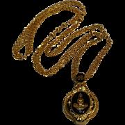 Berebi magnifying glass pendant necklace reversible Indian Princess