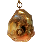 Seahorse embedded lucite pendant necklace