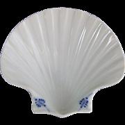Royal Copenhagen Danish Porcelain Blue Fluted Plain Décor 1111 Shell Dish 573