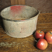 Grandpa's Farm Old Metal 4 Quart Dry Grain Measure